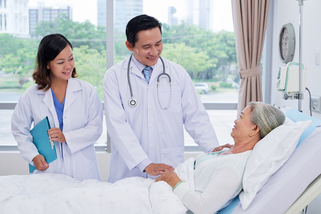 Bảo hiểm sức khỏe cho người già AIA – An phúc trọn đời